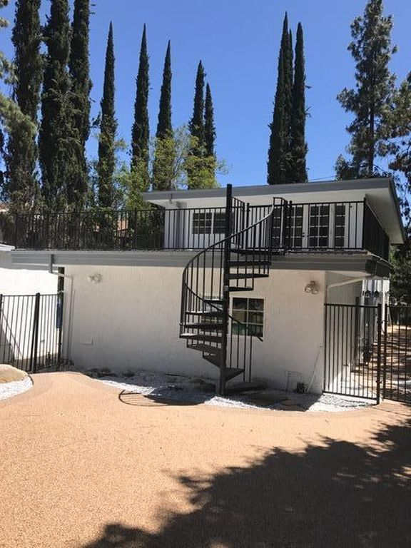 22673 Margarita Dr, Woodland Hills, CA 91364 -  $1,125,000 home for sale, house images, photos and pics gallery