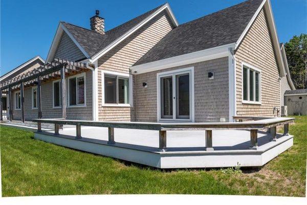 23 Shoreline Dr, Harpswell, ME 04079 -  $1,295,000