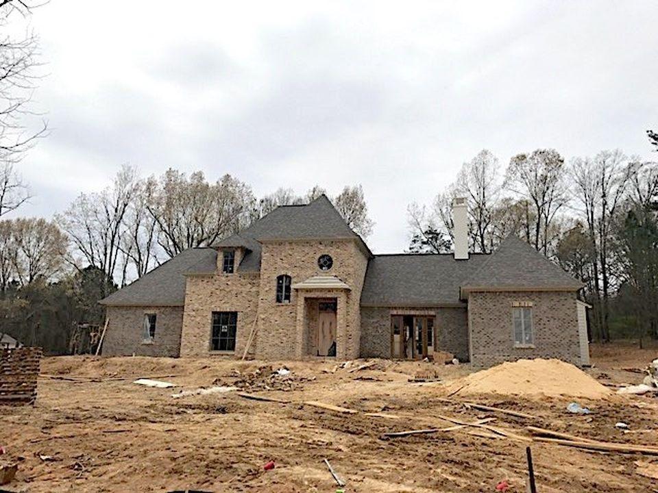 303 Twin Oak Cv, Ridgeland, MS 39157 -  $1,049,000