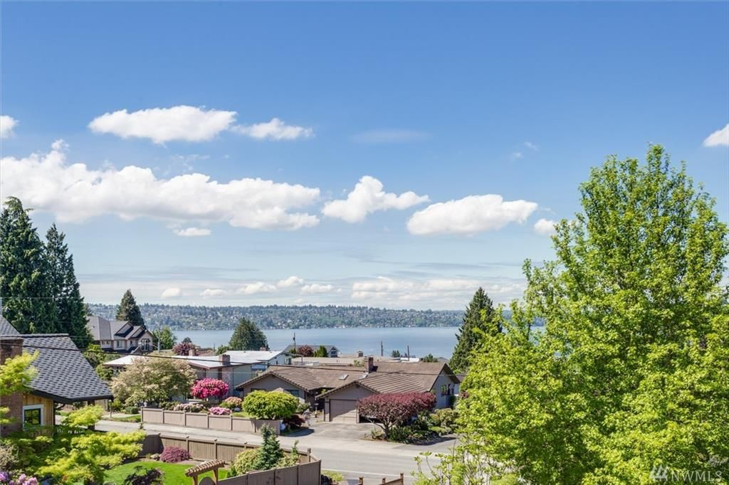 3724 Park Ave N, Renton, WA 98056 -  $1,289,000 home for sale, house images, photos and pics gallery