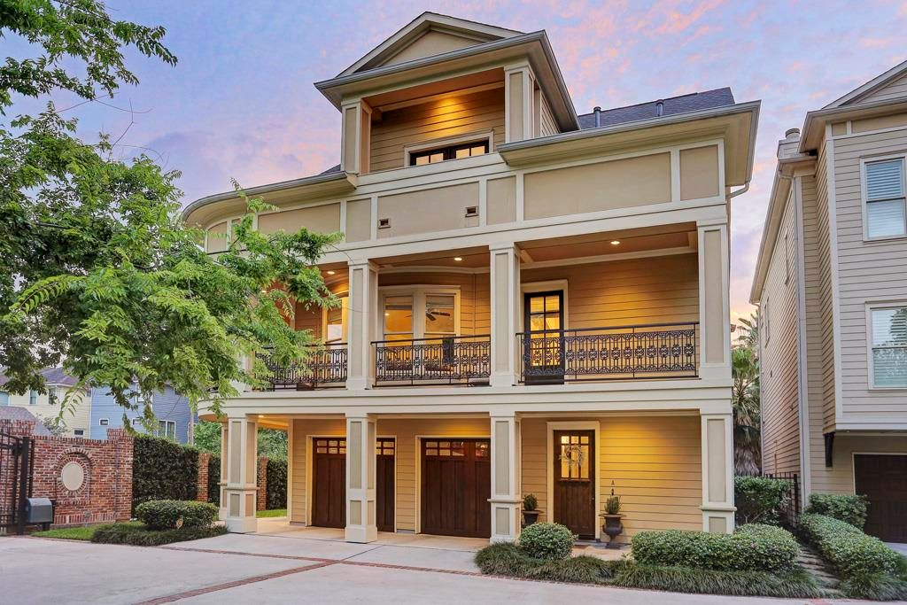 621 E 22nd St, Houston, TX 77008 -  $1,050,000