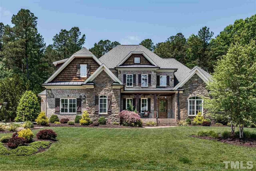 6840 Piershill Ln, Cary, NC 27519 -  $1,050,000 home for sale, house images, photos and pics gallery