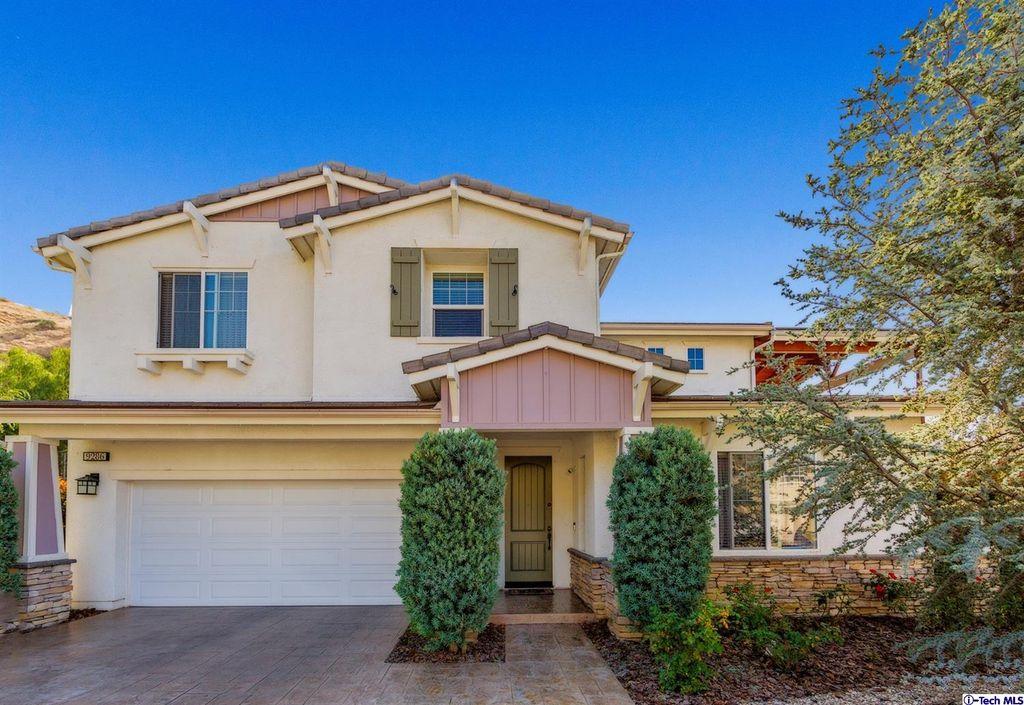 9286 Canter Ln, Sun Valley, CA 91352 -  $1,049,000