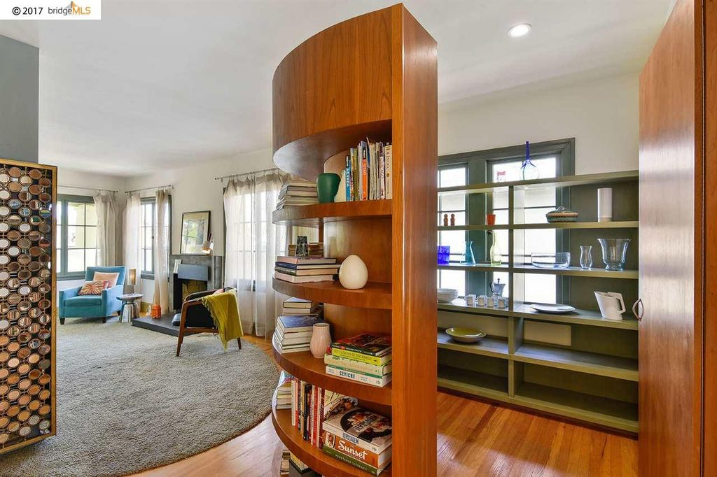 1719 10th St, Berkeley, CA 94710 -  $1,000,000 home for sale, house images, photos and pics gallery