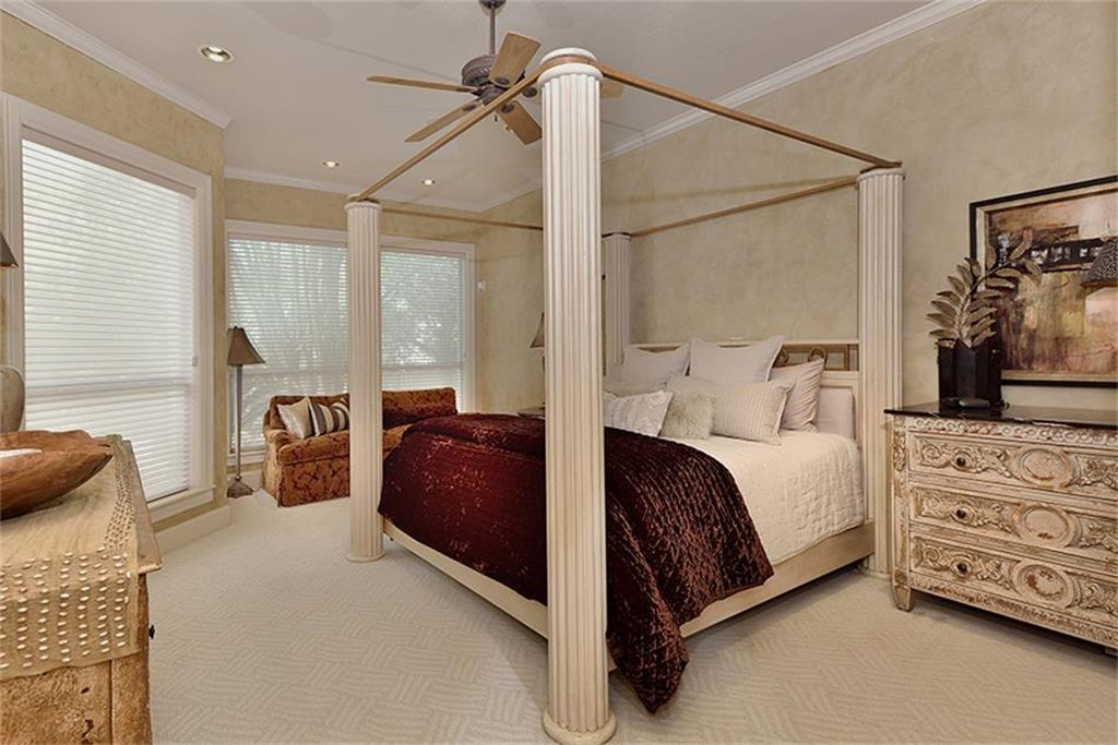 39 Summer Prt, Spring, TX 77381 -  $1,050,000 home for sale, house images, photos and pics gallery