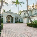 213 Grand Pointe Dr, Palm Beach Gardens, FL 33418