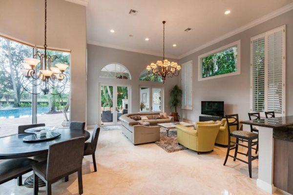213 Grand Pointe Dr, Palm Beach Gardens, FL 33418