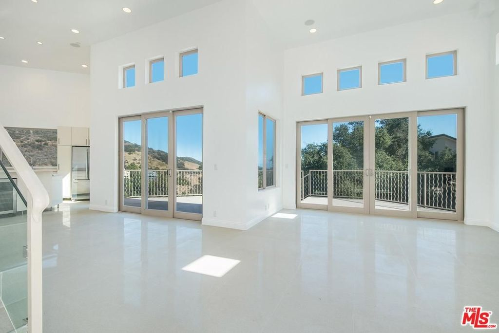 27126 Carrita Rd, Malibu, CA home for sale, house images, photos and pics gallery