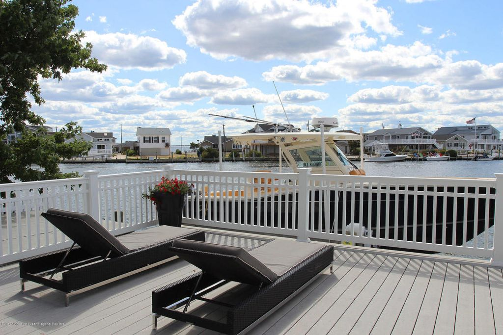 355 Orlando Dr, Lavallette, NJ 08735 home for sale, house images, photos and pics gallery