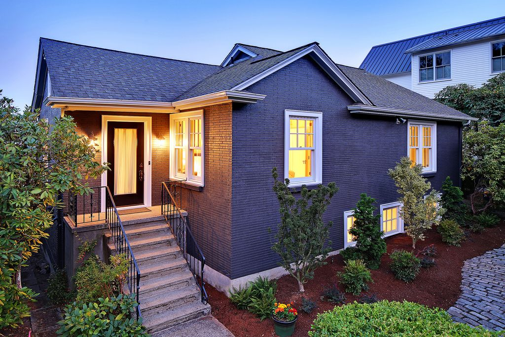 654 Wellington Ave, Seattle, WA 98122 home for sale, house images, photos and pics gallery
