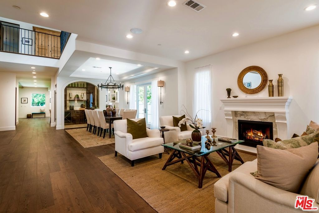 Bloomfield St, Studio City, CA 91604 home for sale, house images, photos and pics gallery