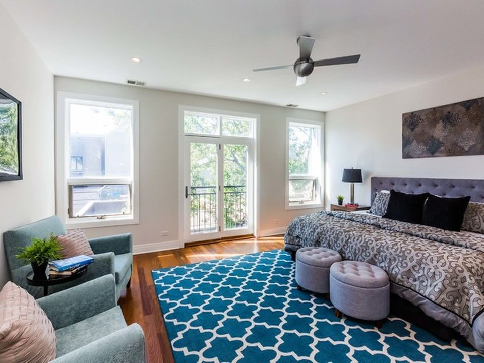 Chicago single family home on 1620 N Wood St home for sale, house images, photos and pics gallery