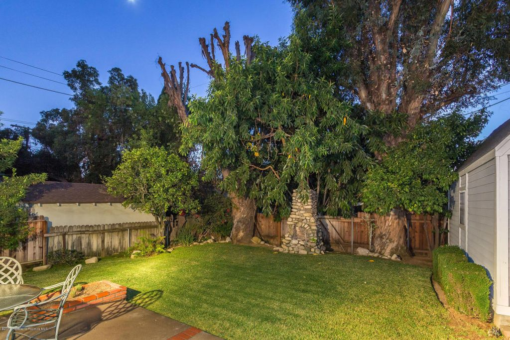 160 Club Rd, Pasadena, CA 91105 - $1,350,000 home for sale, house images, photos and pics gallery