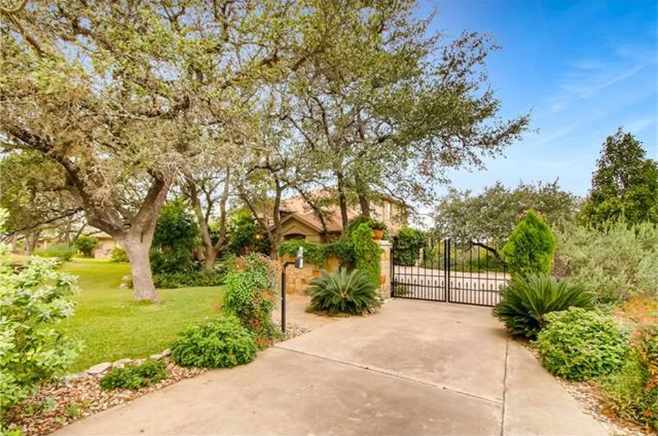 382 Island Oaks Ln, Driftwood, TX 78619 - $935,000 home for sale, house images, photos and pics gallery