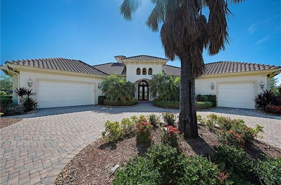 7538 Hogan Ct, Naples, FL 34113 - $1,395,000 home for sale, house images, photos and pics gallery