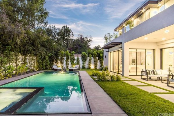 16108 DICKENS ST Encino, CA 91436 For Sale