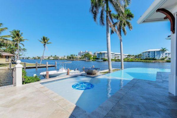 975 Banyan Dr Delray Beach, FL 33483