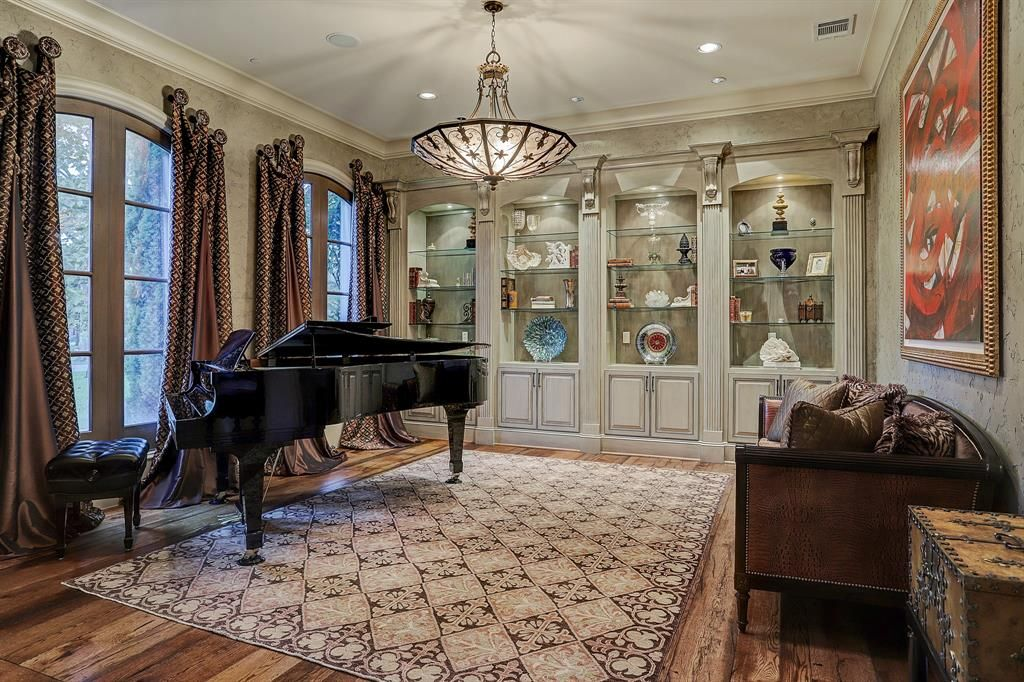 11710 Forest Glen St Houston, TX 77024 - $3,150,000 home for sale, house images, photos and pics gallery