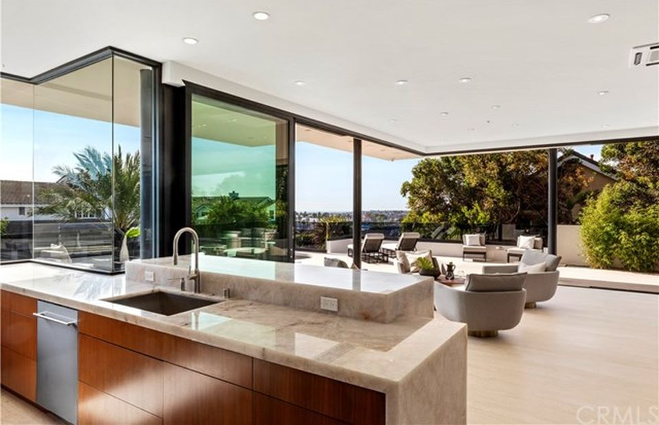 2401 Alta Vista Dr Newport Beach, CA 92660 - $5,495,000 home for sale, house images, photos and pics gallery