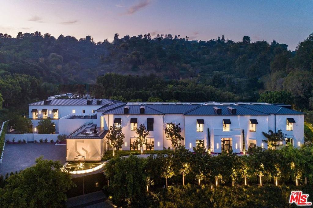 10701 Bellagio Rd Los Angeles, CA 90077