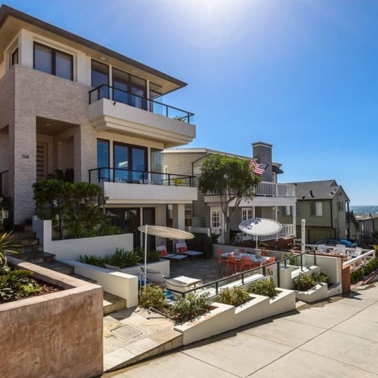 120 5th St Manhattan Beach, CA 90266