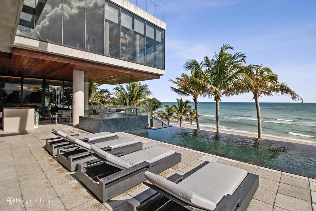 3715 S Ocean Blvd Highland Beach, FL 33487