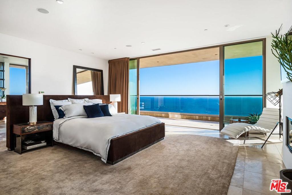 27316 Winding Way Malibu, CA 90265 - $19,495,000 home for sale, house images, photos and pics gallery