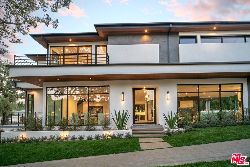 2401 S Beverly Dr Los Angeles, CA 90034 - $5,795,000 home for sale, house images, photos and pics gallery