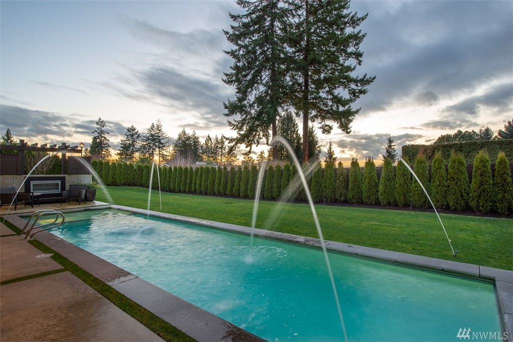 9404 NE 20th St Clyde Hill, WA 98004 - $6,588,000 home for sale, house images, photos and pics gallery