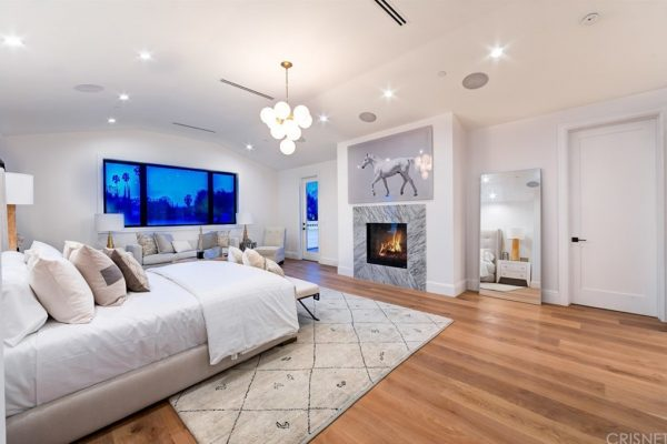 4421 HASKELL AVE Encino, CA 91436