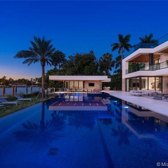 6360/6342 N Bay Rd Miami Beach, FL 33141