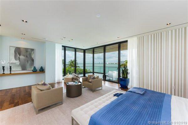 6440 N Bay Rd Miami Beach, FL 33141