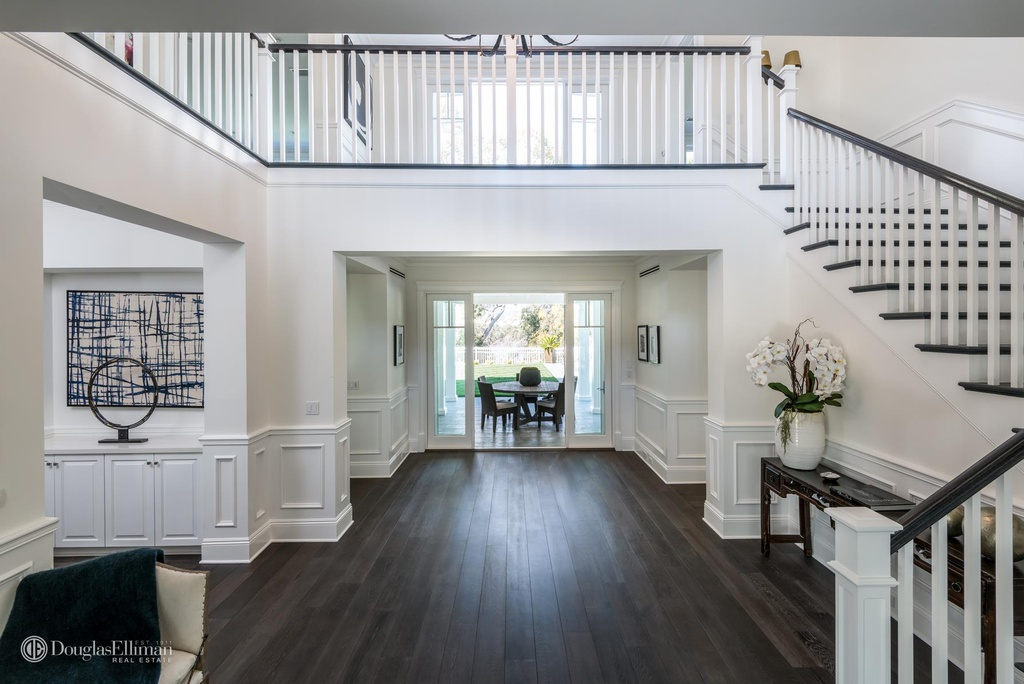 749 Amalfi Dr Pacific Palisades, CA 90272 - 10,995,000 home for sale, house images, photos and pics gallery