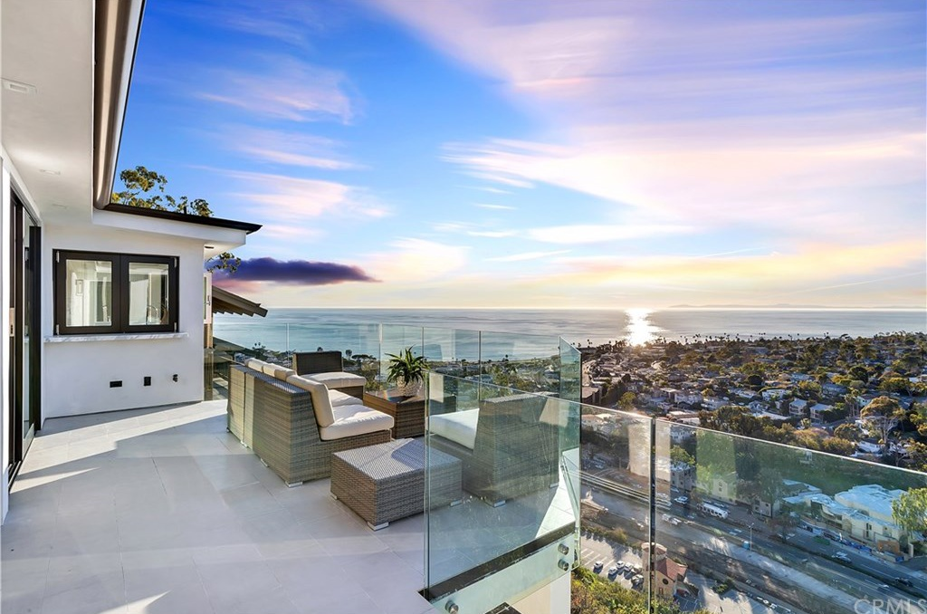 694 Mystic Vw Laguna Beach, CA 92651 - $4,288,000 home for sale, house images, photos and pics gallery