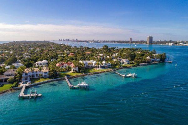 1610 N OCEAN BLVD Palm Beach, FL 33480