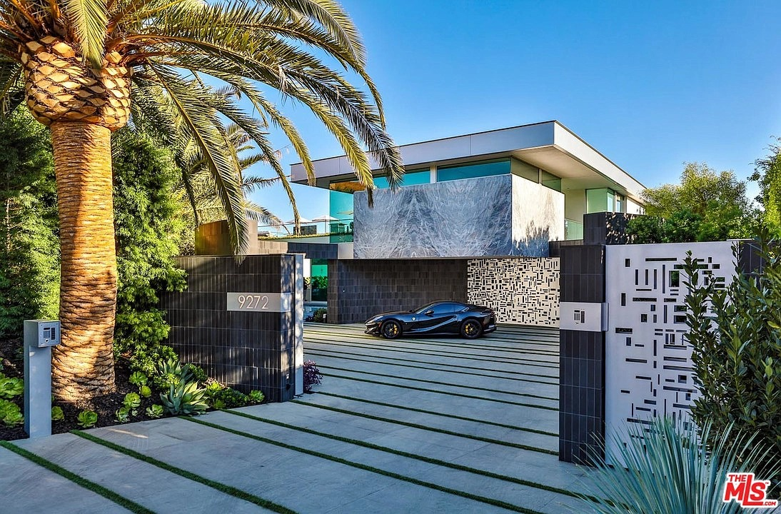 9272 Robin Dr, Los Angeles, CA 90069 - $52,000,000 home for sale, house images, photos and pics gallery