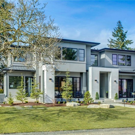 4105 94TH AVE SE Mercer Island, WA 98040