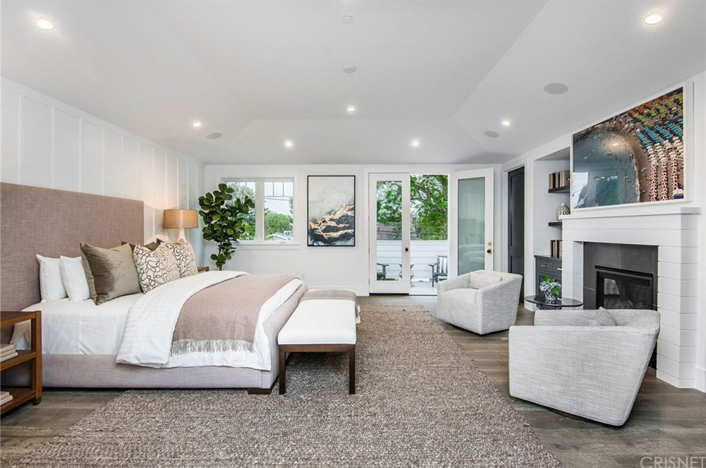 4240 TEESDALE AVE Studio City, CA 91604 - $3,399,950 home for sale, house images, photos and pics gallery