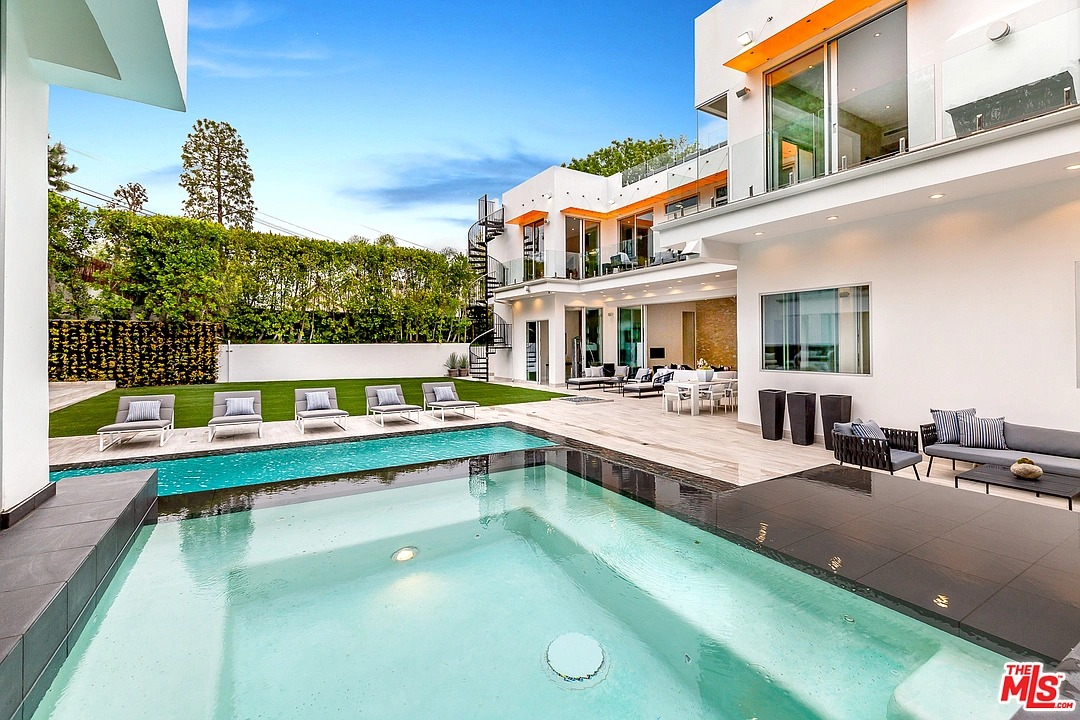 4533 Estrondo Dr, Encino, CA 91436 - $6,450,000 home for sale, house images, photos and pics gallery