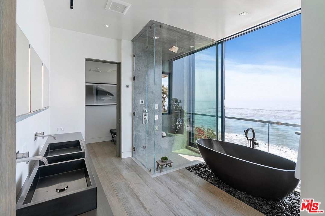 31824 Seafield Dr, Malibu, CA 90265 - $16,295,000 home for sale, house images, photos and pics gallery