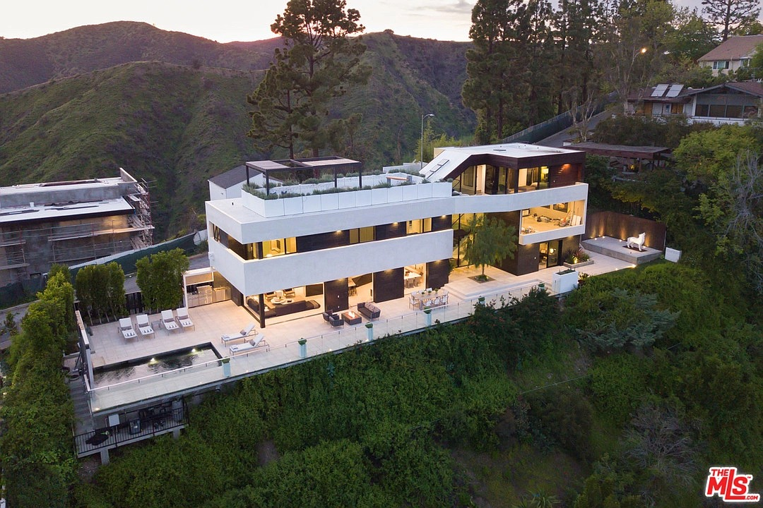 1208 Linda Flora Dr, Los Angeles, CA 90049 - $5,595,000 home for sale, house images, photos and pics gallery