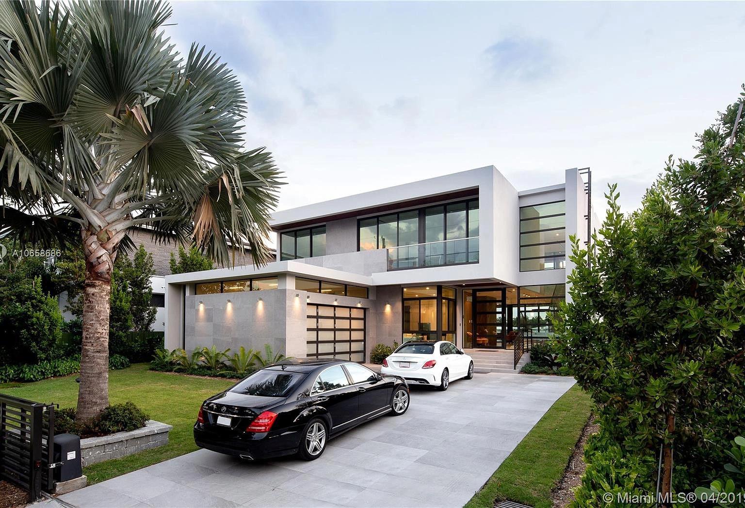 1234 S Biscayne Point Rd, Miami Beach, FL 33141