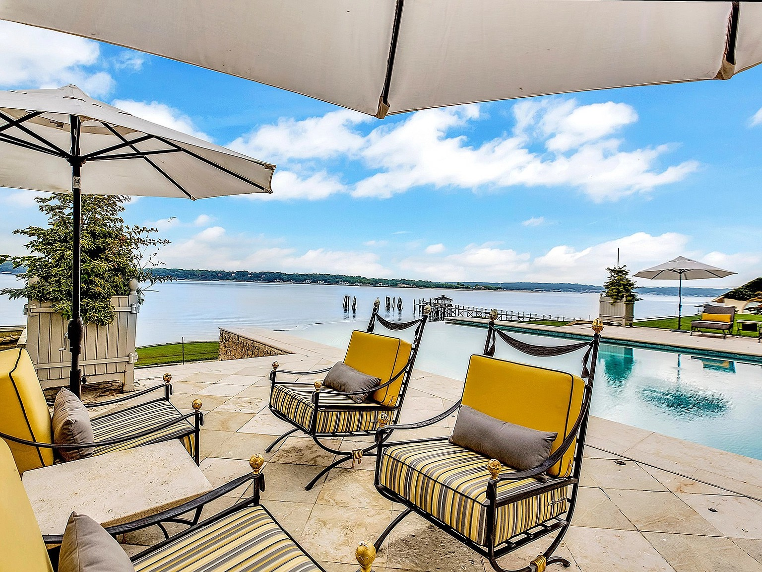 10 Dock Ln, Great Neck, NY 11024 - $35,000,000 home for sale, house images, photos and pics gallery