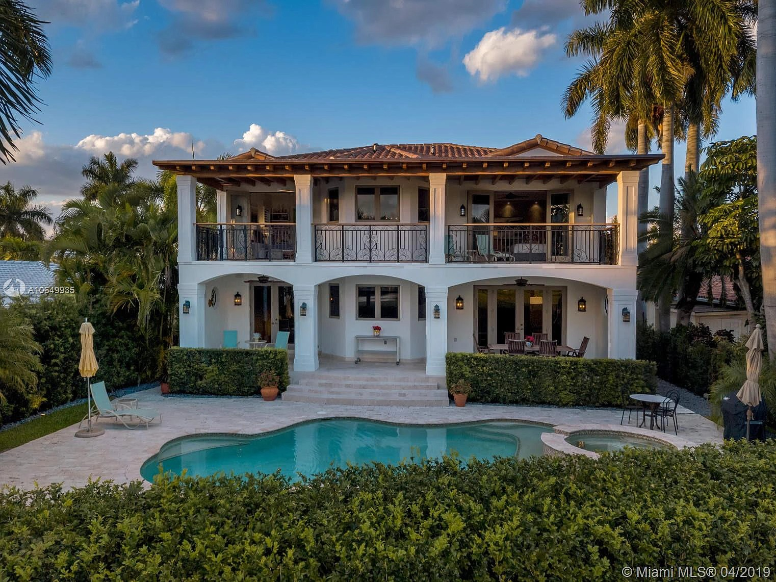 430 W 62nd St, Miami Beach, FL 33140