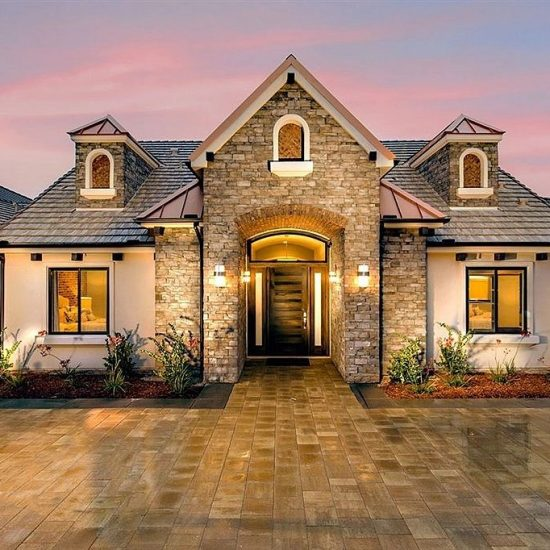 8330 Artesian Rd, San Diego, CA 92127