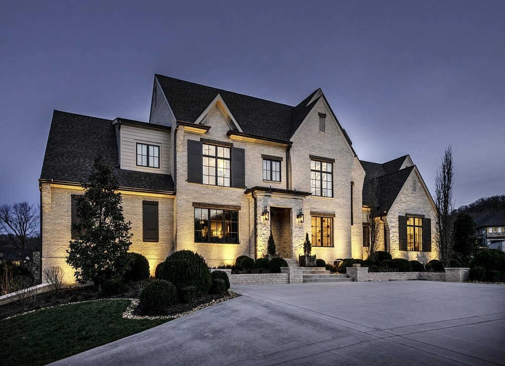 1004 Cartwright Close Dr, Brentwood, TN 37027