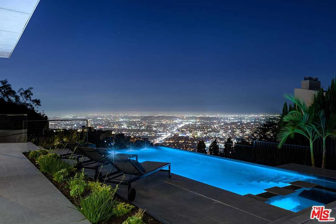 1807 Blue Heights Dr, Los Angeles, CA 90069 - $7,495,000 home for sale, house images, photos and pics gallery