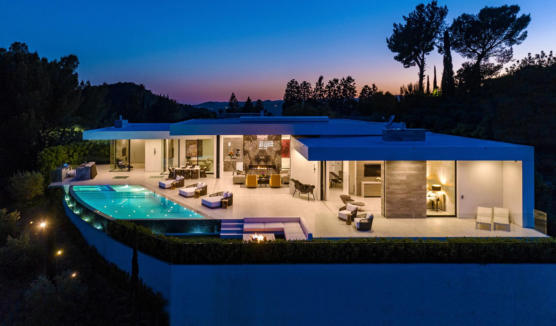 2200 SUMMITRIDGE DR, BEVERLY HILLS, CA 90210 – $18,995,000