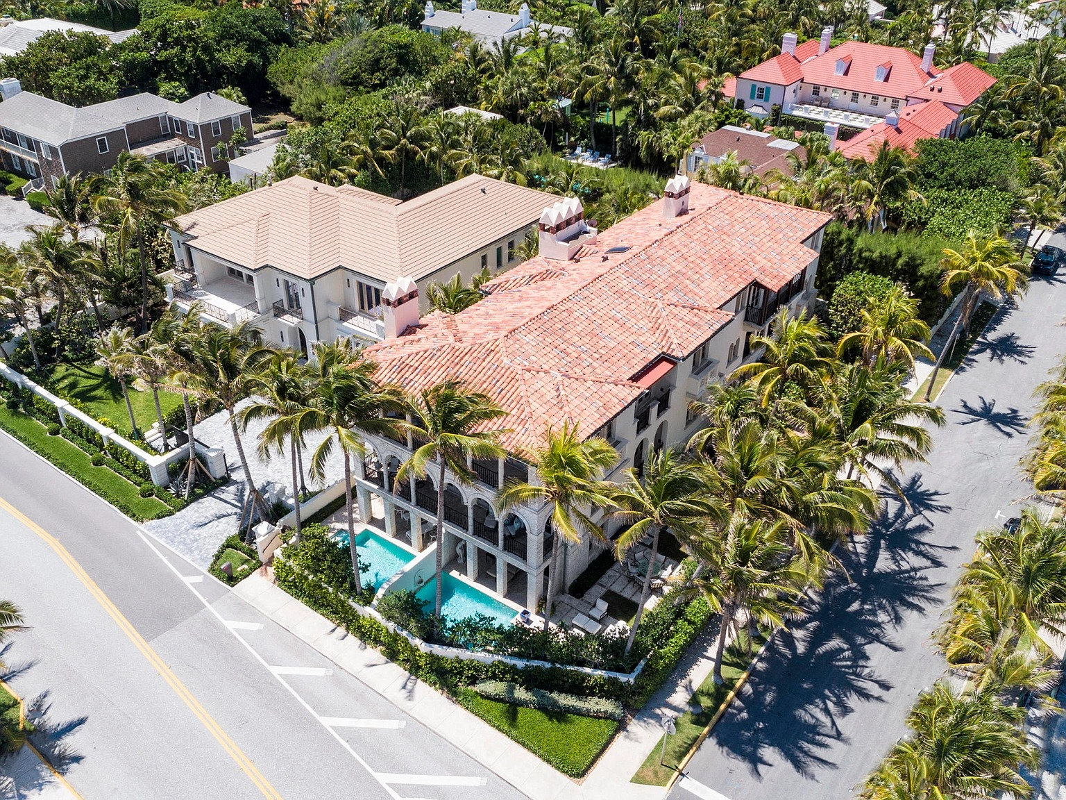 104 Gulfstream Rd, Palm Beach, FL 33480 - $14,490,000 home for sale, house images, photos and pics gallery