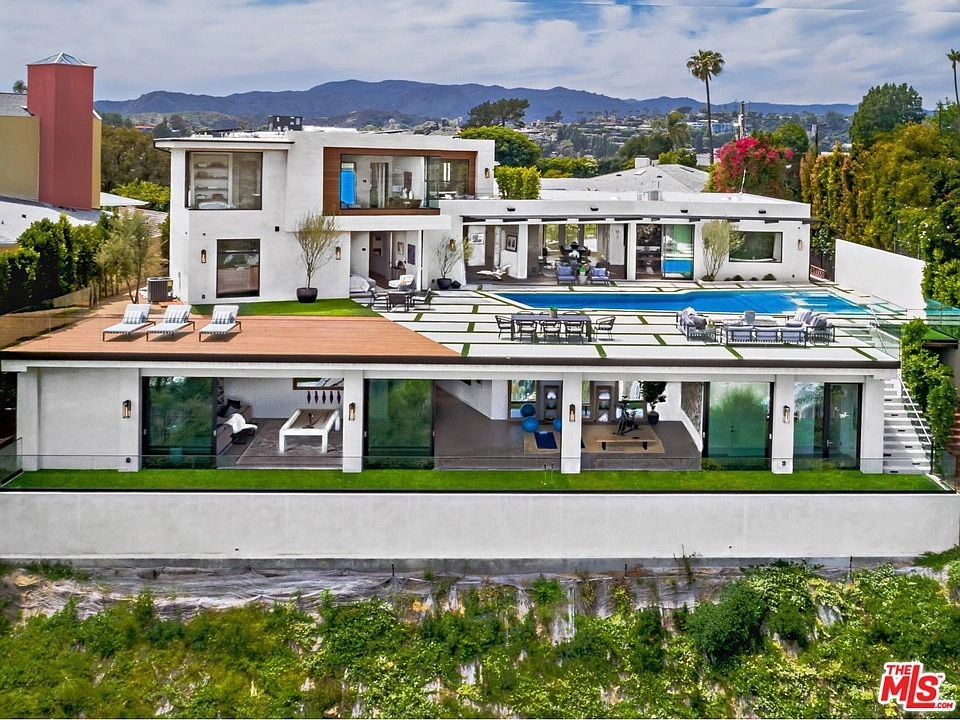 816 Glenmere Way, Los Angeles, CA 90049 - $11,888,000 home for sale, house images, photos and pics gallery